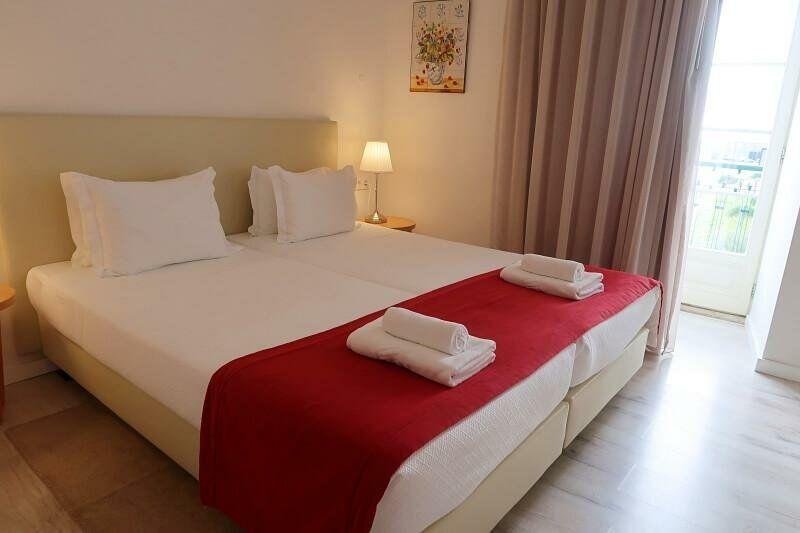 Bedroom Hotel Riverside Alfama Lisbon
