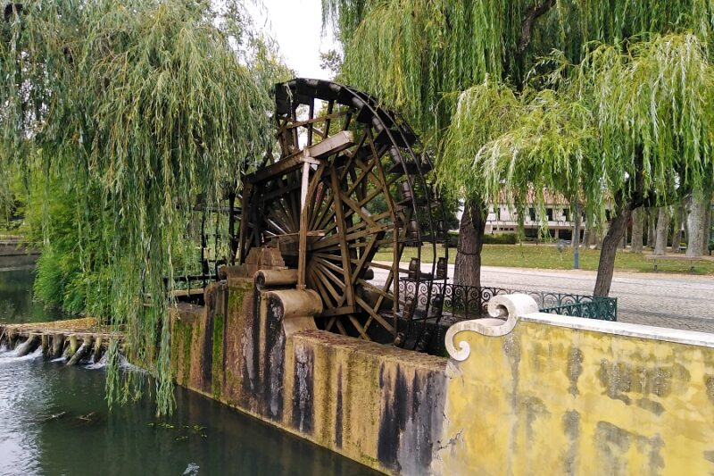 Mouchão water wheel, Tomar, Portugal