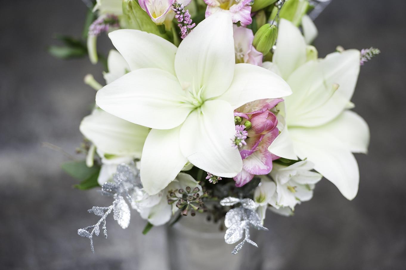 wedding boquet calgary