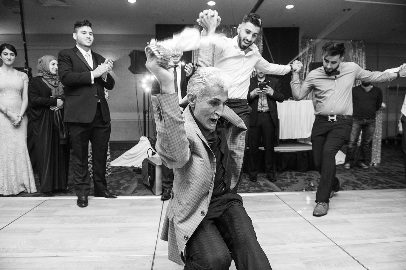 middle eastern wedding dance