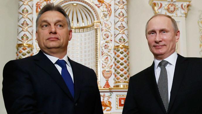 Russia's President Vladimir Putin (R) meets with Hungary's Prime Minister Viktor Orban.(Reuters / Yuri Kochetkov)
