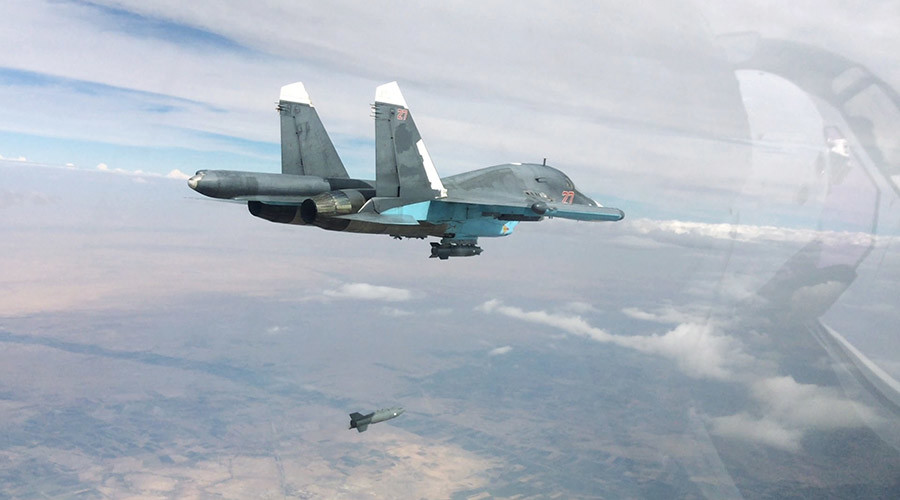 A Su-34 fullback bomber performs air strikes in the provinces of Raqqah and Aleppo © Russian Defense Ministry / RIA Novosti