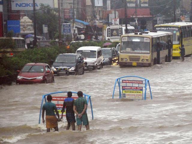 received-provided-chennai-december-india-floods-lakshmana_5a51d0e0-984b-11e5-949b-3f349c5c9a4f