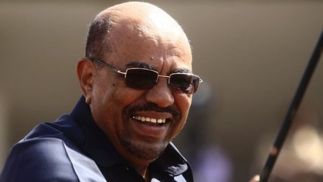 AFP/GETTY IMAGES Image caption Sudan's President Omar al-Bashir was in South Africa for a meeting of African leaders in 2015