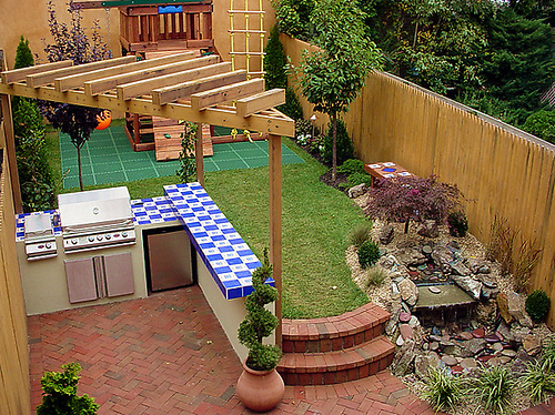 Dividing Your Outdoor Areas