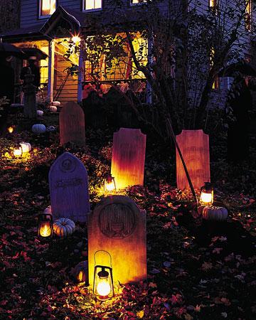 hal04_tombstones_xl