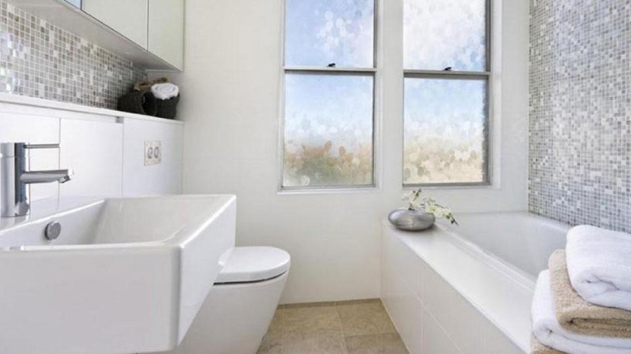 Totally Chic Bathroom