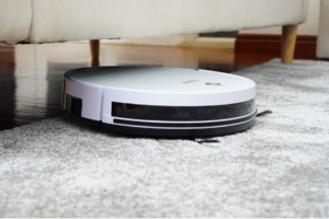 Pros and Cons of a Robot Vacuum for Your Home