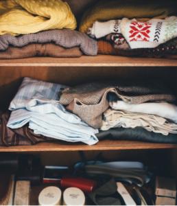How to Organize Your Tiny Closet