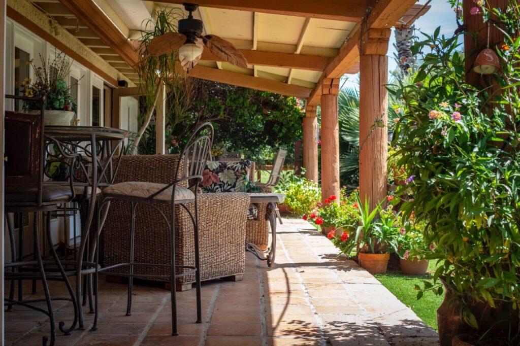 Easy Backyard Improvements for Outdoor Entertaining