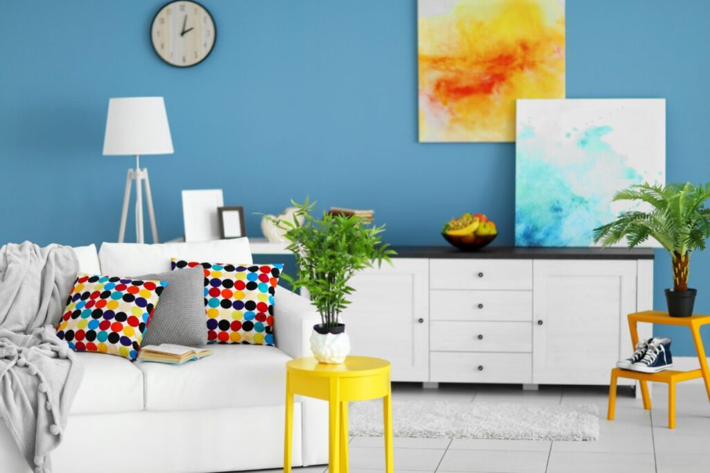 Inexpensive ways to decorate your house