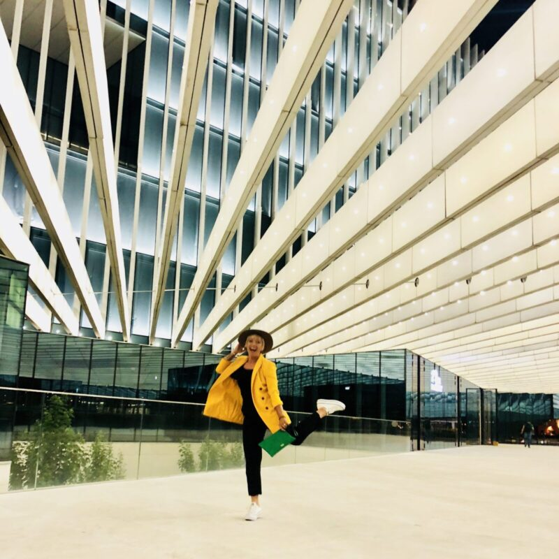 casie stewart, portugal, travel blogger, lisbon, aeroplan, withaeroplan, travel