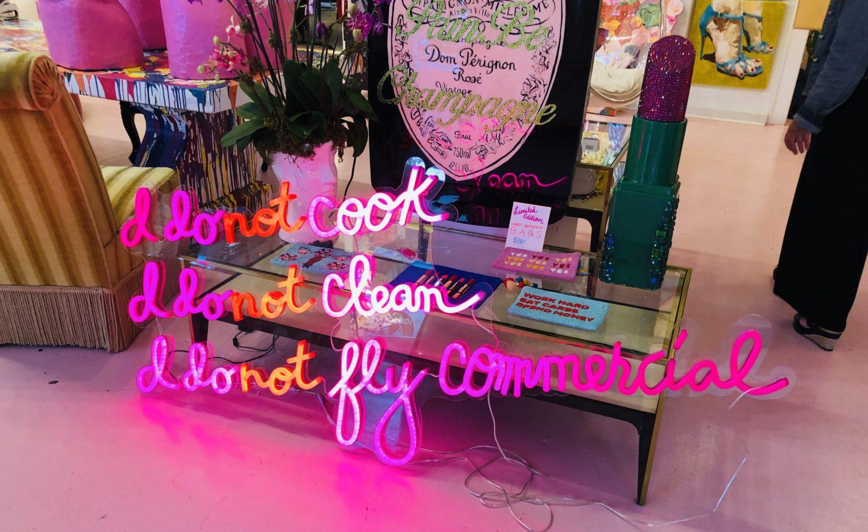 Ashley Longshore, NOLA, Louisiana, painter, magazine street, travel, pink, bright colours, artist, casie stewart, blogger, travel blogger