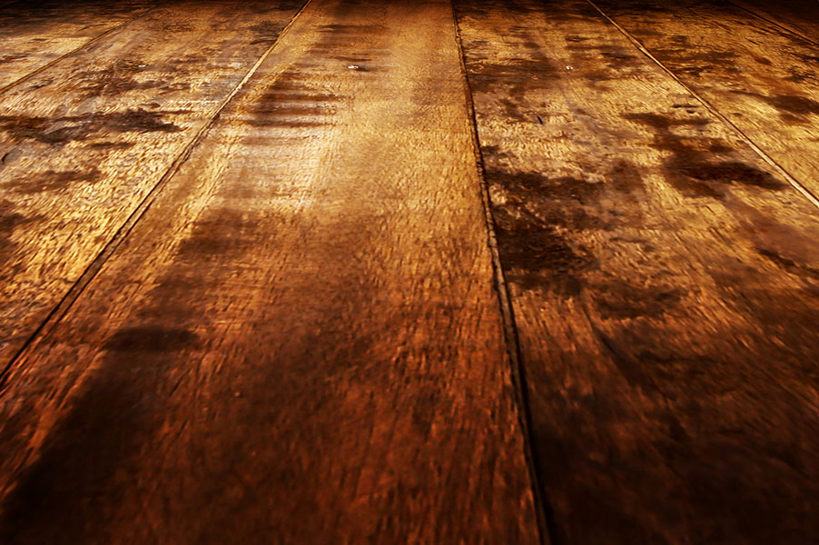 Pros and Cons of Hand-Scraped Wood Flooring