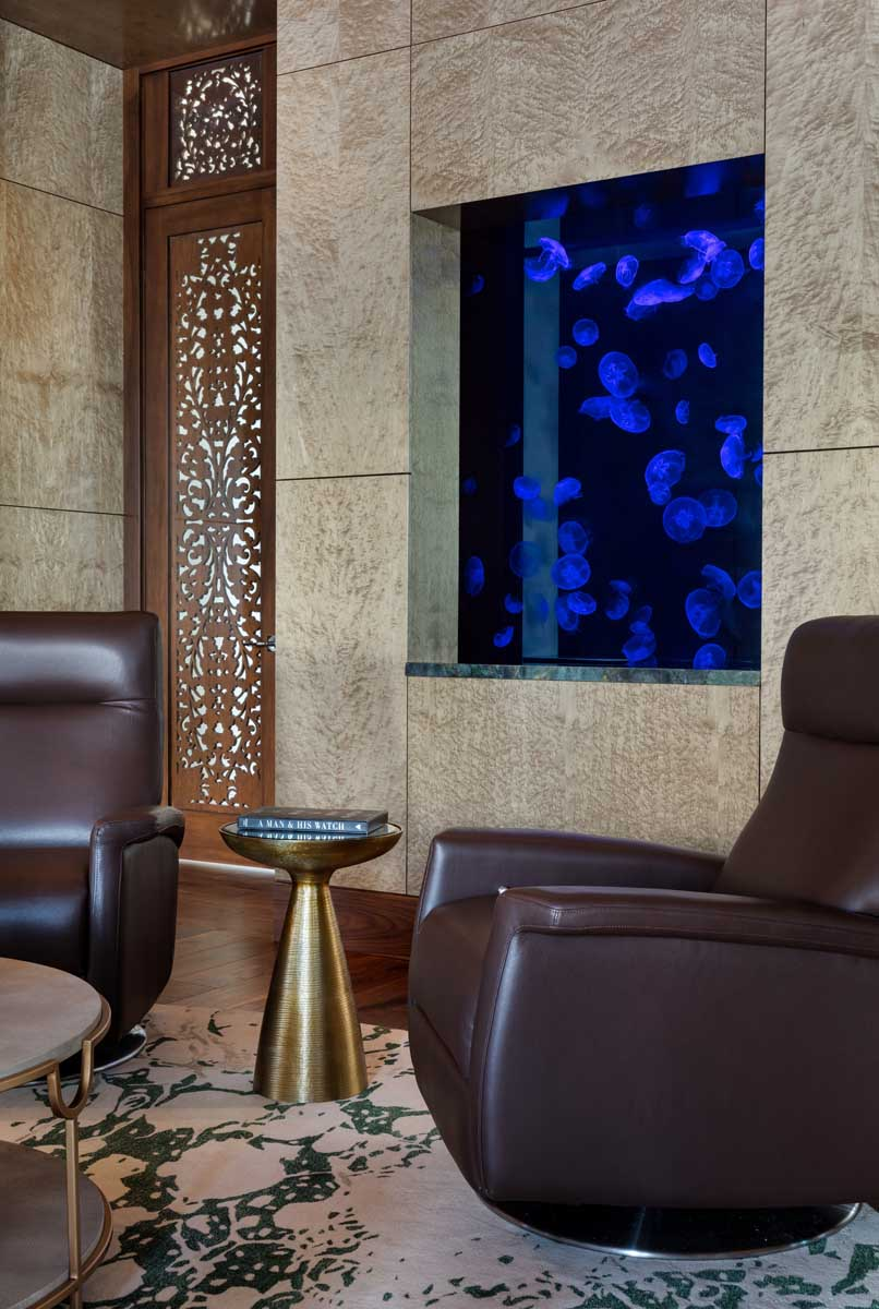 325 Gallon Double-Sided Jellyfish Aquarium