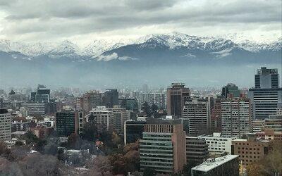 Un 92,6% cae arribo de turistas extranjeros a Chile en primer trimestre de 2021