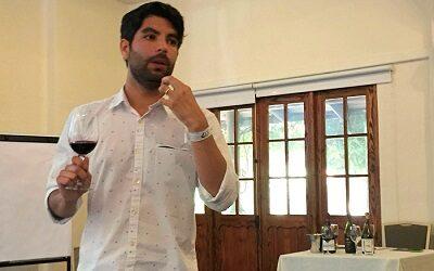 Sommelier Felipe Ubeira explica qué son los vinos blends y por qué existen