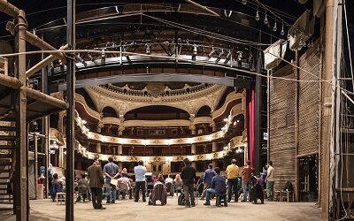 Municipal de Santiago mostrará los oficios que dan vida al histórico Teatro