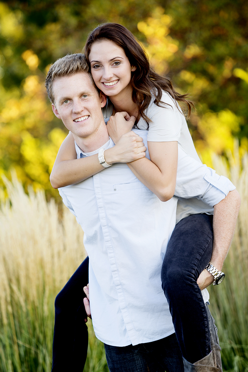 Utah Engagement Pictures piggy back