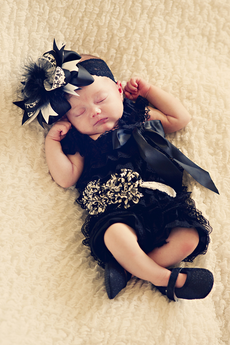 Newborn Pictures sleeping baby princess shoes
