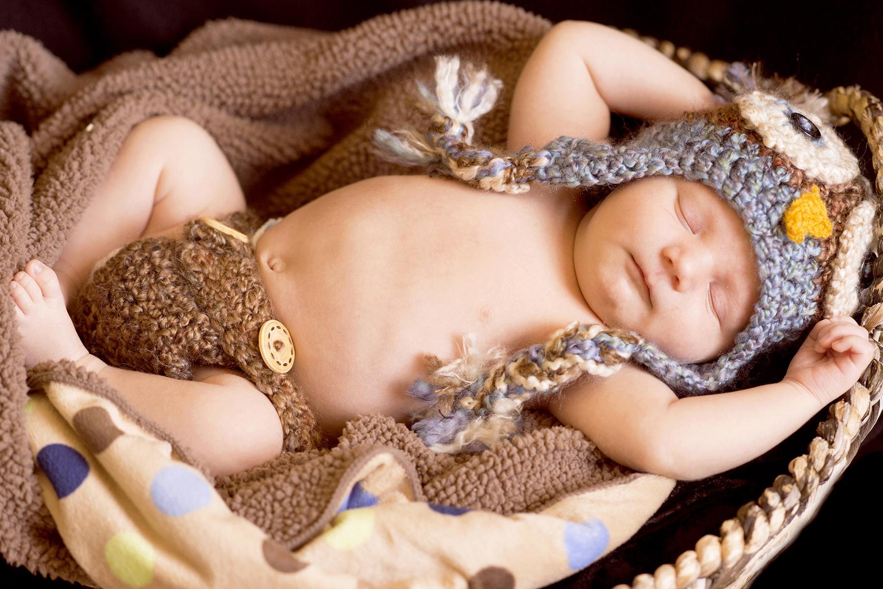 Newborn Pictures sleeping baby tarzan