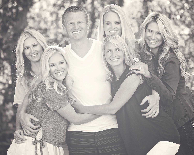 Utah Family Photos sisters trapped black white