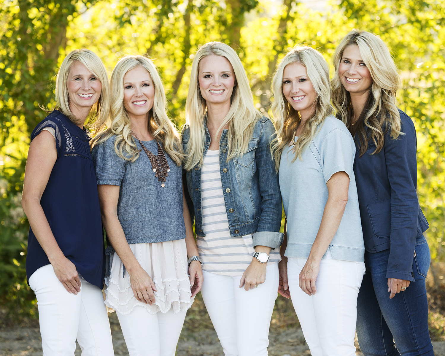 Utah Family Photos beautiful sisters bear lake