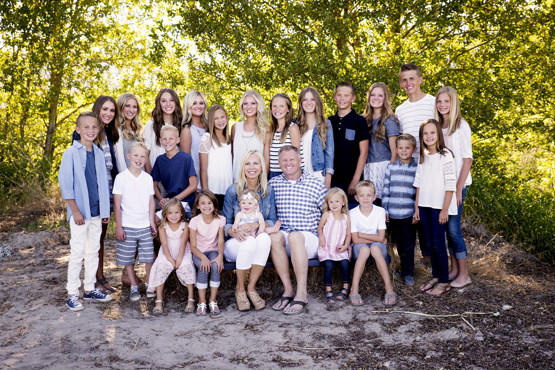 Utah Family Photos large group bear lake