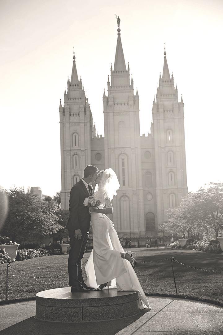 SLC Temple Pedestal Kiss B&W