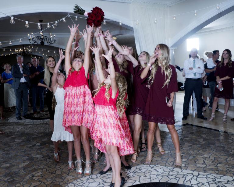 Wedding Bouquet of Roses Toss