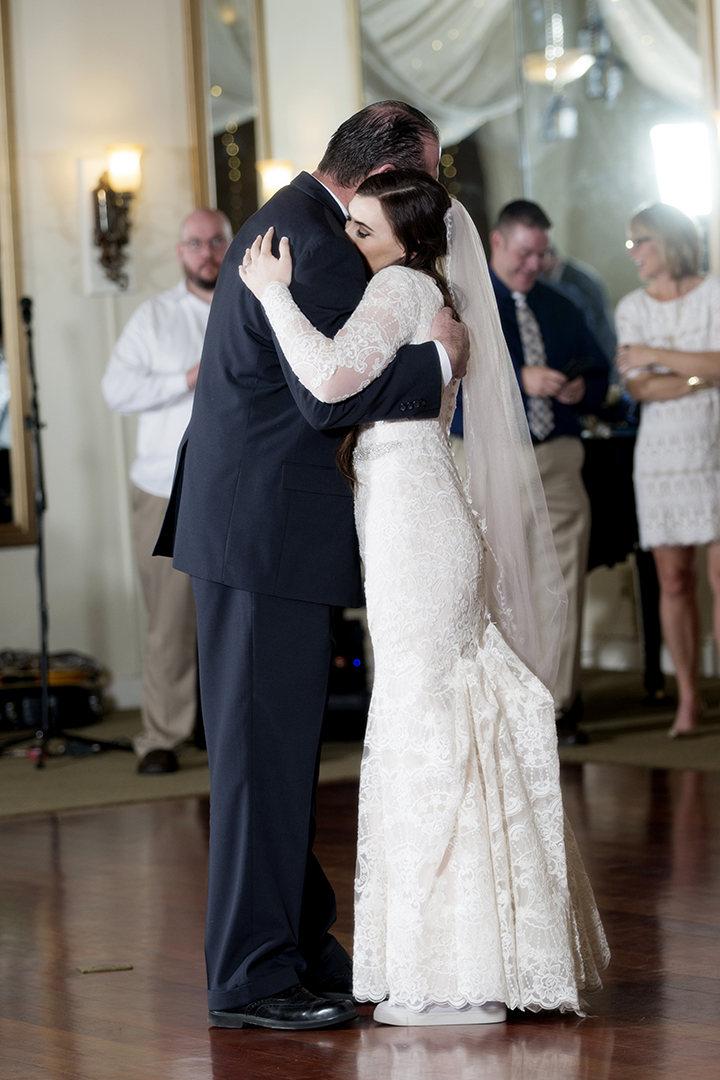 Daddy Daughter Dance at wedding