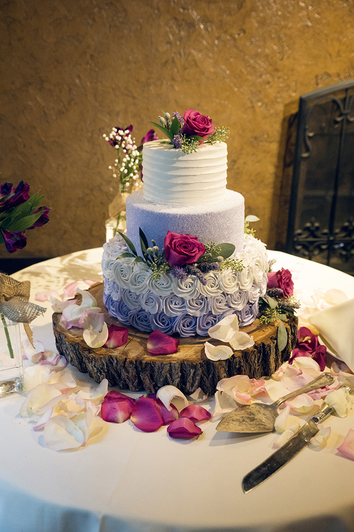 Beautiful Wedding Cake with Roses