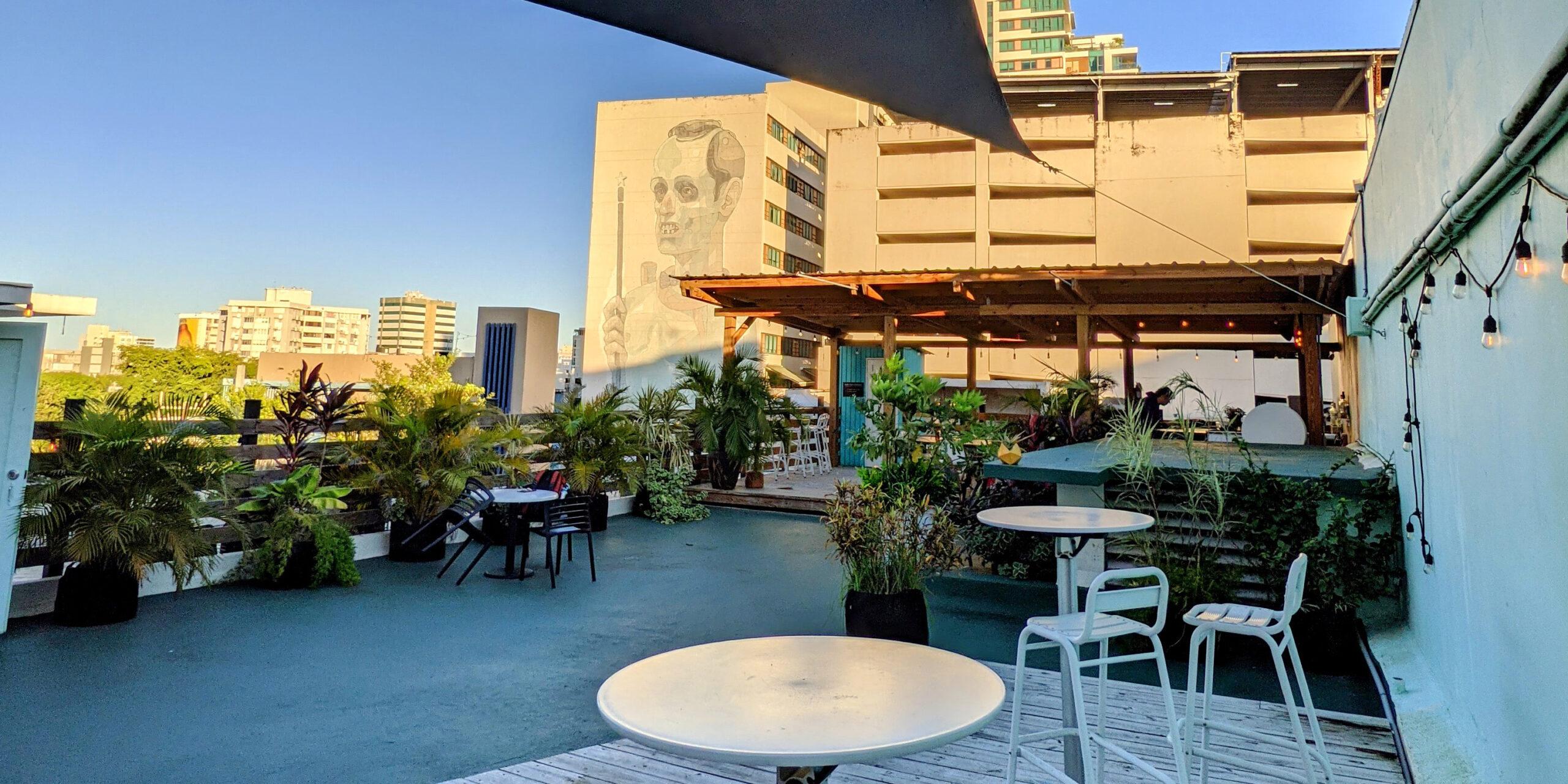 cocohaus-santurcia-hostel-rooftop-coworking
