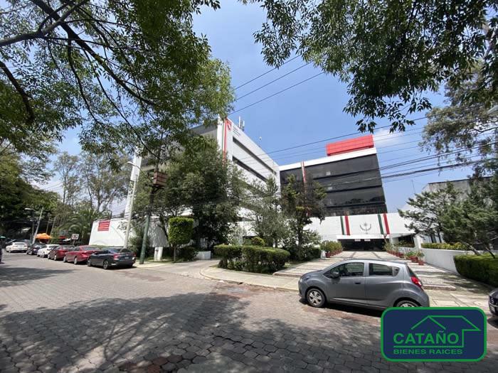Camino Santa Teresa – Oficina de 330 m2 ubicada en cuarto piso en edificio corporativo del Colegio de Ingenieros.