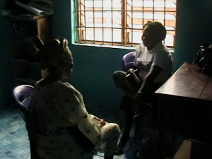 a_woman_receiving_counselling_at_the_center_1