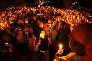 CT ct-met-sikh-prayer-vigils011.JPG
