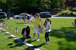 memorial day flags on graves