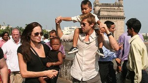 angelina-jolie-brad-pitt-india