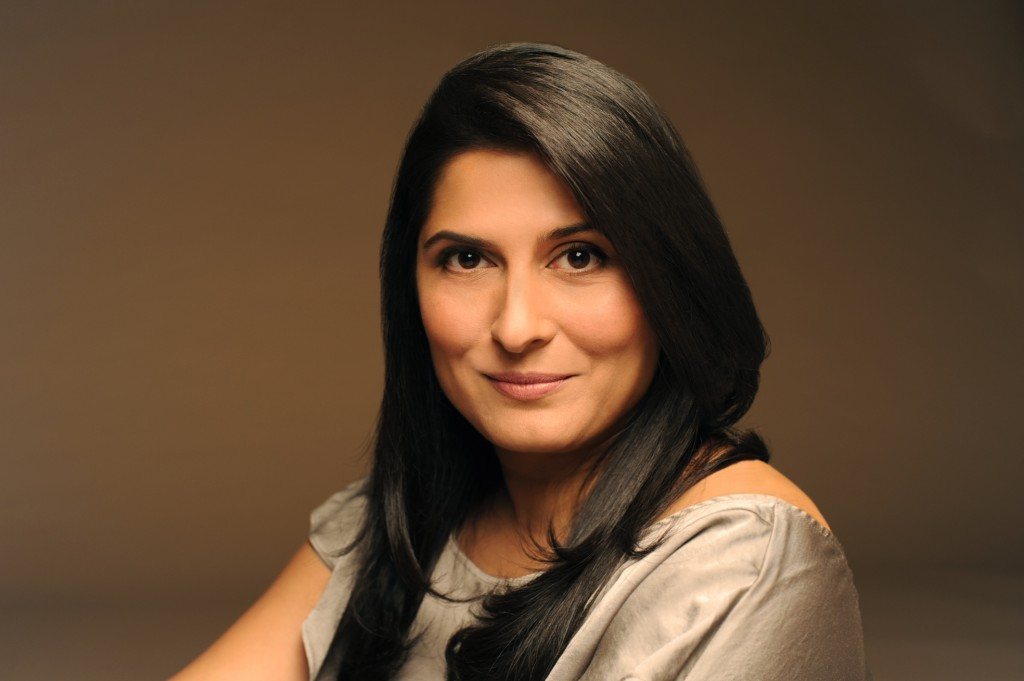Sharmeen_Obaid_Chinoy_Profile_Image_(Coloured)_Photo_Credit_Bina_Khan