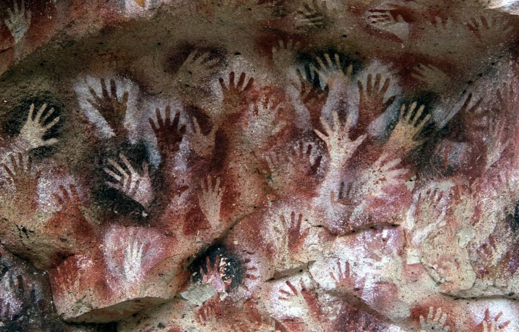 hands-1024x655