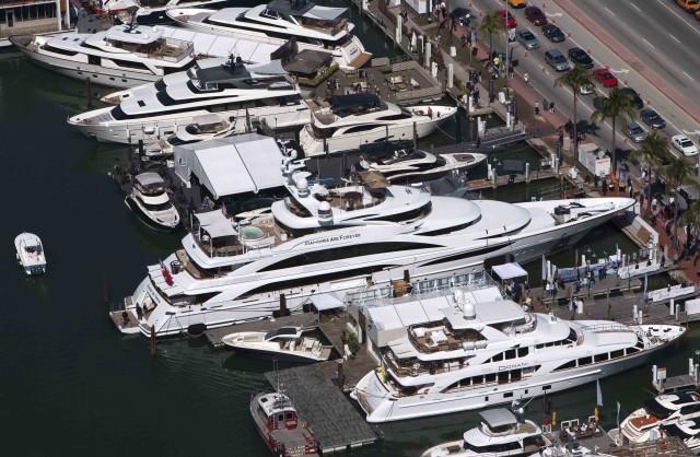 Miami-Yacht-Brokerage-Show