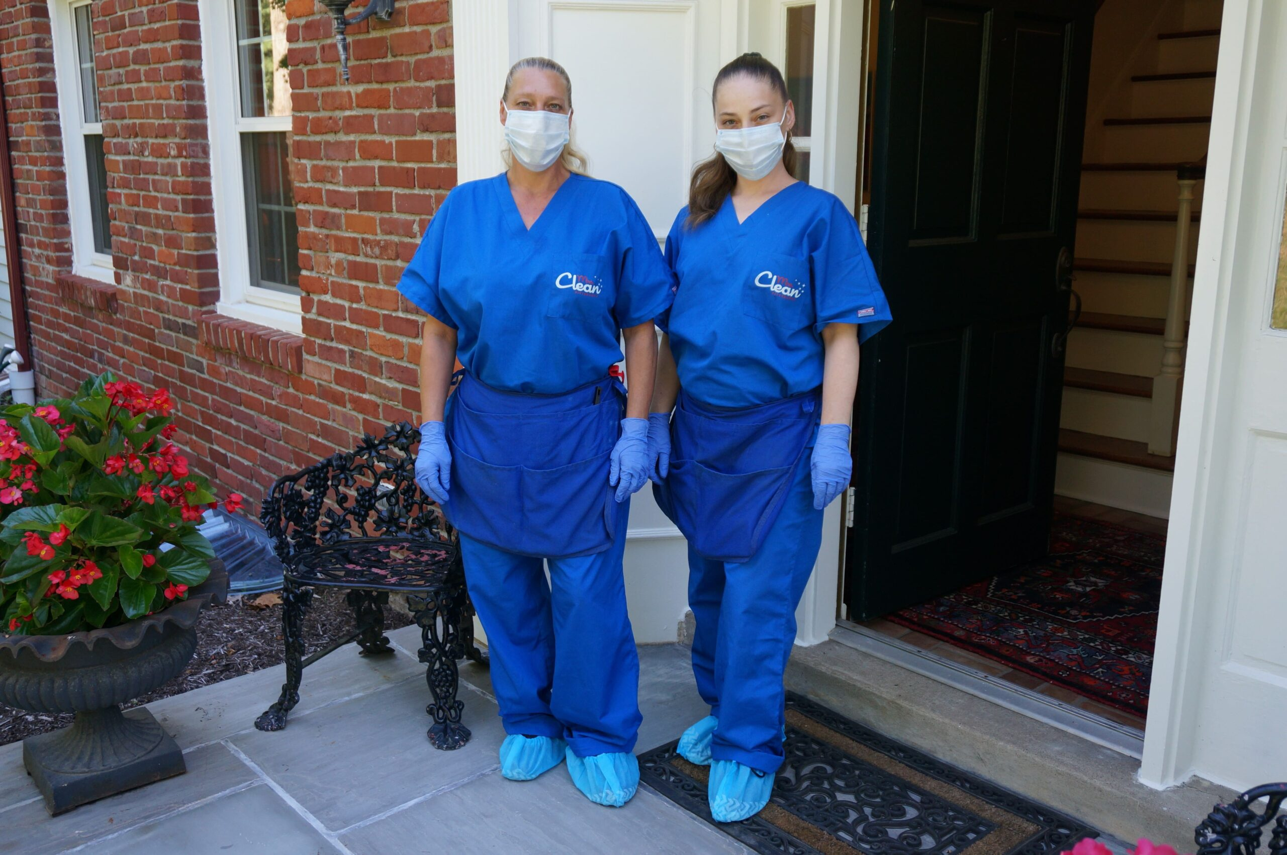 mrs clean pittsburgh, cleaning service near me, cleaning service pittsburgh, maid service near me, maid service pittsburgh, cleaners, cleaners with ppe, covid cleaning