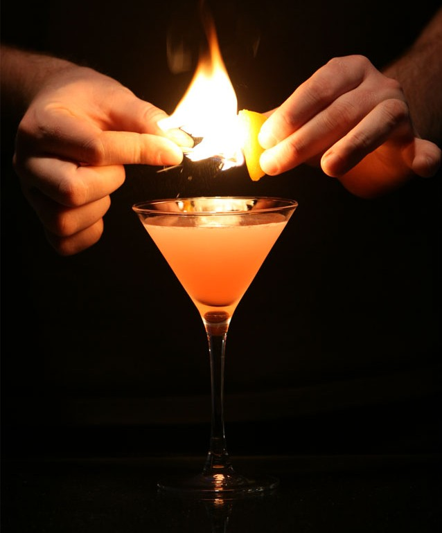 cosmopolitan-flamed-science of drink