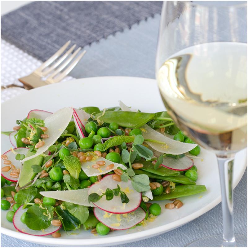summer wine pairing-alternatives to chardonnay-sauvignon-blanc-moscato