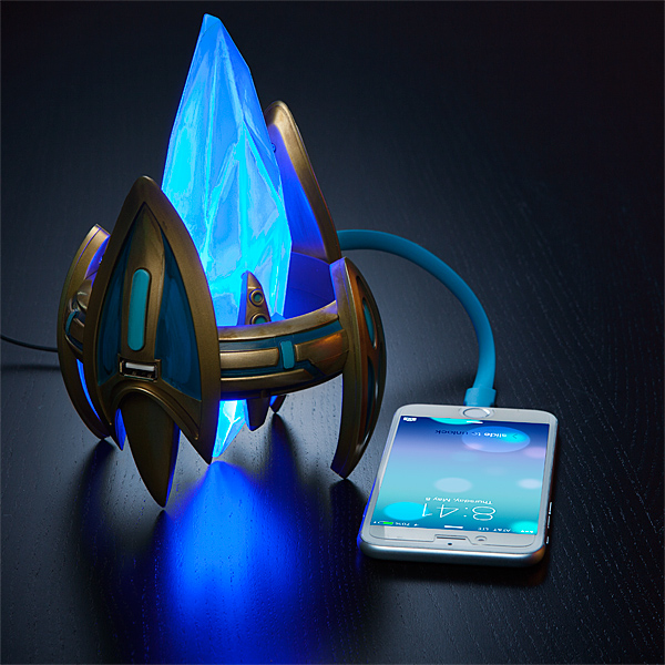 Starcraft Protoss Pylons lead the charge for your USB powered gear 6