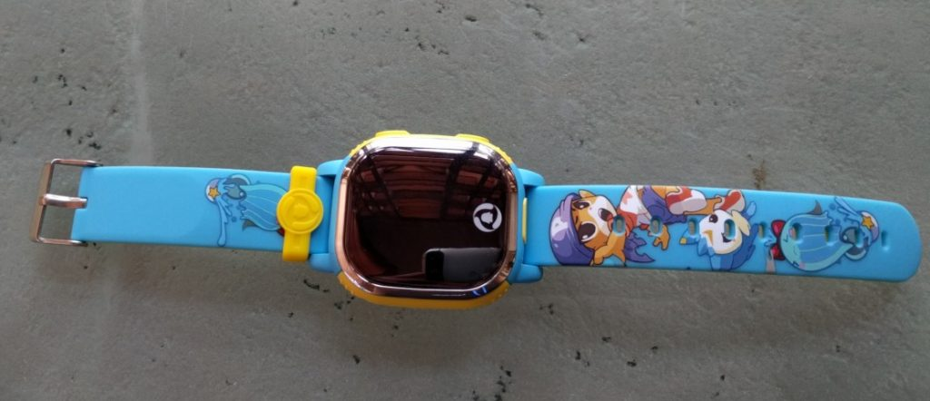 Tencent's new QQ Watch for kids offers peace of mind for parents 1
