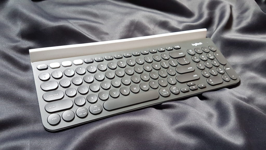 [Review] Logitech K780 Wireless Keyboard - Desk What They All Say 14