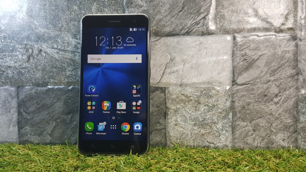 Asus ZenFone 3 (ZE552KL) - Unboxing and hands-on 1
