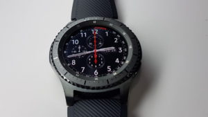 Unboxing the Samsung Gear S3 Frontier 5