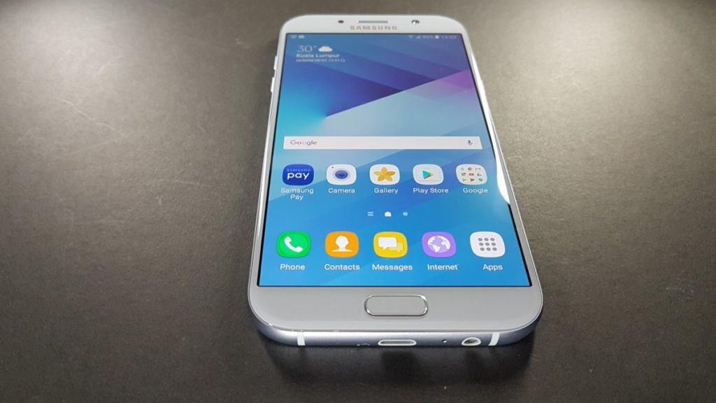 [Review] Samsung Galaxy A7 (2017) – The Premium Midrange Performer 5
